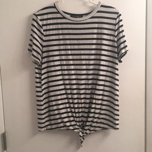 Tie bottom striped tee